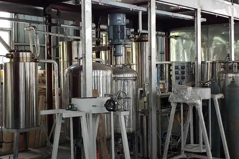 supercritical water oxidation reactor